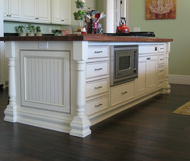 Evans woodworking gallery traditional for Beaded inset kitchen cabinets